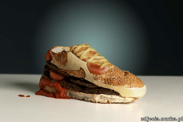 http://aulaitt.files.wordpress.com/2008/09/burger-nike.jpg