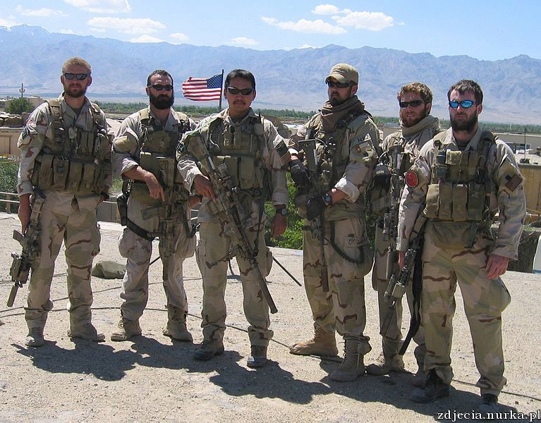 http://upload.wikimedia.org/wikipedia/commons/thumb/4/4c/Navy_SEALs_in_Afghanistan_prior_to_Red_Wing.jpg/767px-Navy_SEALs_in_Afghanistan_prior_to_Red_Wing.jpg