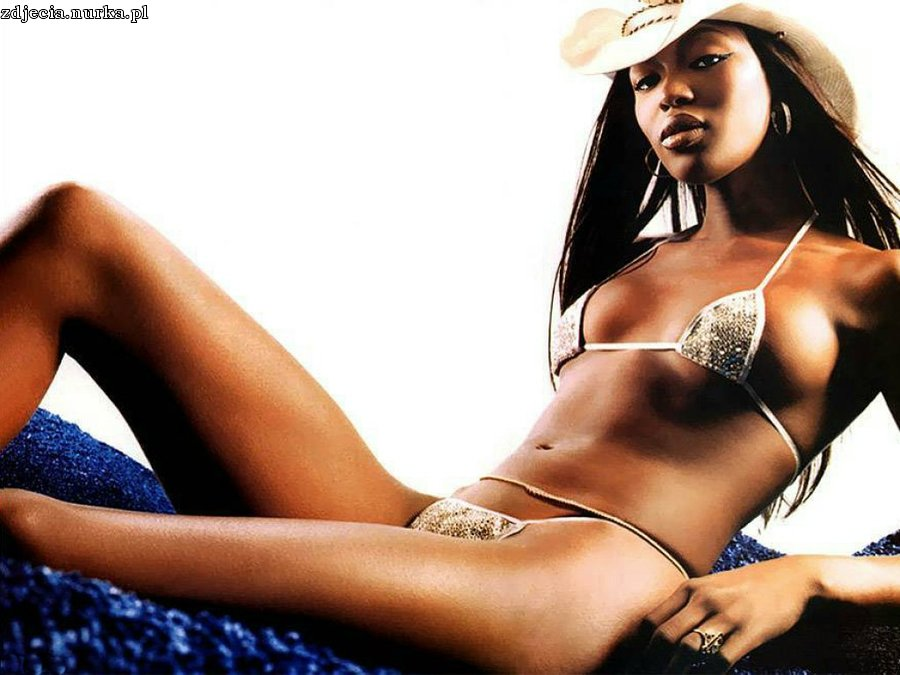 http://www.wallpaperbase.com/wallpapers/celebs/naomicampbell/naomi_campbell_1.jpg